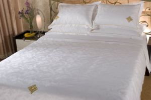 Beautiful Hotel Bedding Set pictures & photos