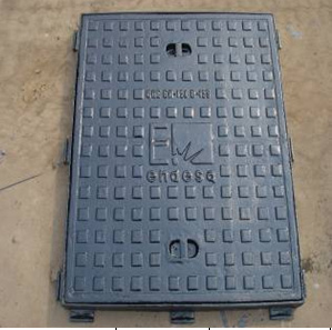 Rectangle Ductile Iron Manhole Cover with Frame En124, B125 pictures & photos
