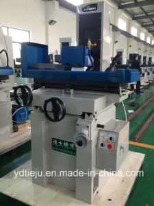 Universal Surface Grinding Machine M1022 pictures & photos