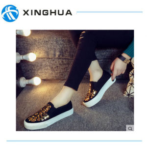 Newest Fashion Unsex Casual Canvas Shoes pictures & photos