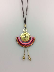Handmade Metal Pendant Jewelry Necklace, Fashion Accessory Necklace pictures & photos