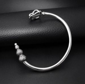 Retro Cuff Bangles Men Bracelets Titanium Steel pictures & photos