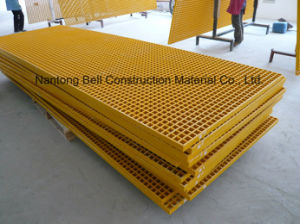 FRP/GRP Plastic Grating, Fibreglass/Glassfiber Gritted or Concave Gating. pictures & photos