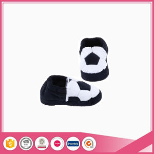 Football Embroidery Upper Children Indoor Slipper pictures & photos