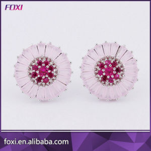 Wholesale Cubic Zirconia Sunflower Shaped Delicate Women Earrings pictures & photos