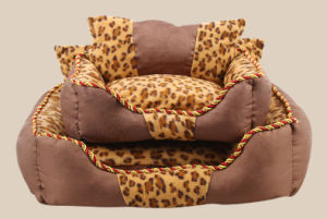 Pet Products Dog Cat Puppy Warm Bed (B015) pictures & photos