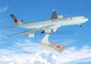 A340-500 Air Cananda as Business Gift plastic Aircraft Model pictures & photos