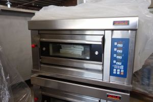 Luxury Model Gas and Electric Deck Oven pictures & photos