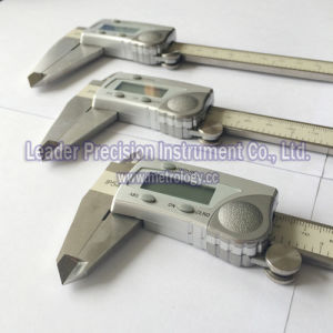 300mm Stainless Steel Digital Calipers with 0.01mm Resolution (LD500-30) pictures & photos