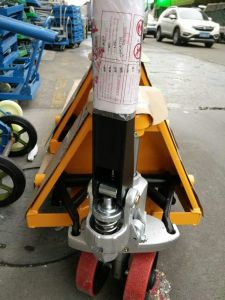 Hand Pallet Truck (HL-F) pictures & photos