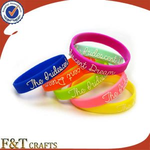 Custom Silicon Bracelet From China pictures & photos