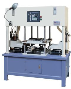 Resin Sand Casting Automatic Double Head Core Shooting Machine Jd-400-Z pictures & photos