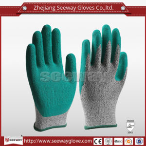 Seeway Hot Sale Natural Rubber Dipped Gloves Hhpe Glove