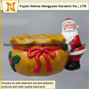 Ceramic Santa Claus Nestled Close to The Big Bag, Christmas Decoration pictures & photos