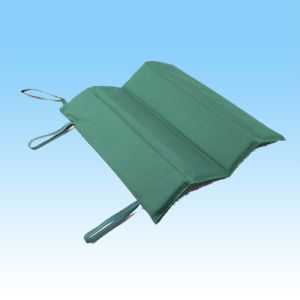 Two Colors Polyester Foldable Sports Stadium Seat Cushions pictures & photos