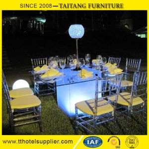Chinese Wholesael Cheap Price Lucite Clear Tiffany Chair pictures & photos