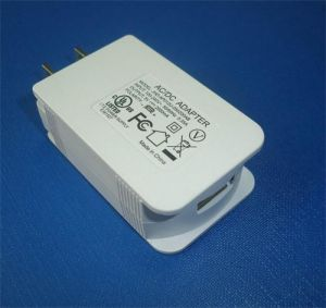 5V2A Tablet USB Charger for Us /Canada /Japan pictures & photos