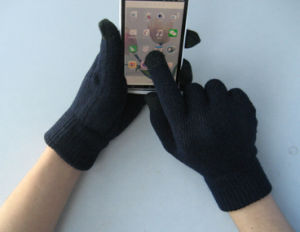 10g Polyester Liner Five Finger Black Touch Screen Glove-T5102 pictures & photos