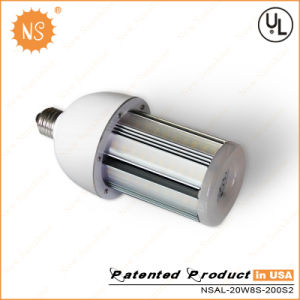 IP64 PC Cover E27 E40 20W LED Street Light pictures & photos