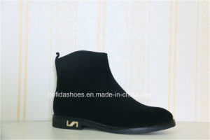 Elegant Fashion Design Lady Leather Boot pictures & photos