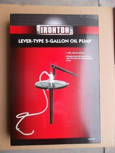 5 Gallon Pail Lever Action Dispensing Pump Oil Gear Fluid Bucket Type Steel Transfer Lube Pump pictures & photos