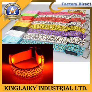 LED Sport Bracelet for Promotional Gift Klg-1001 pictures & photos