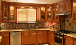American Style Solid Wood Kitchen Cabinet (c13) pictures & photos