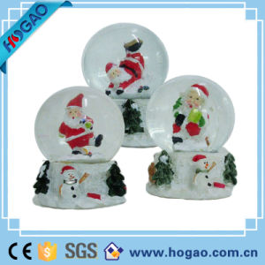 Traditions Santa Musical Christmas Water Globe pictures & photos
