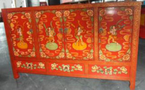 Chinese Antique Reproduction Wood Sideboard pictures & photos