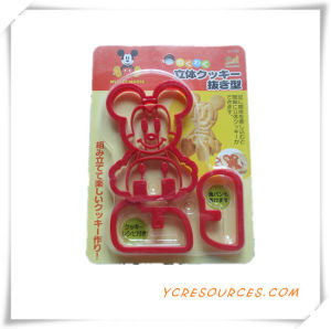 Cake Hot Sale Different Shapes Plastic Cookie Cutter Mold Set 2015 Promotional Gift for Cookie Mold Mickey Mouse (HA13019) pictures & photos