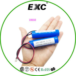 Hot Sell Battery 2000mAh 18650 3.7V Cylinder Lithium Ion Battery pictures & photos
