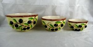 Set of 3 Ceramic Bowls with Olive Decoration pictures & photos