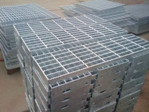 Hot DIP Galvanized Steel Grating with Competitive Price pictures & photos