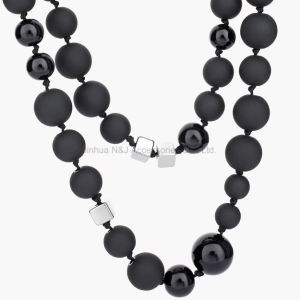 Food Grade Silicone Teething Black Beads Necklace for Mom Baby Silicone Nursing Necklaces with Square Beads pictures & photos