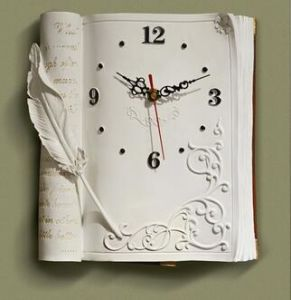 Resin Book Shape Clock for Home and Garden Decor pictures & photos
