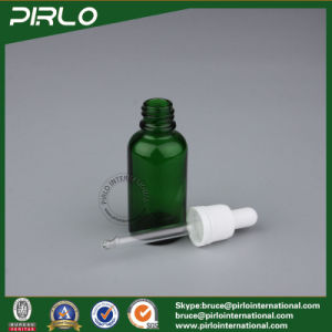Free Sample 30ml Glass Green Color Bottle Cosmetic Essential Oil Dropper Bottle with Tamper Proof Dropper Cap Green Glass Bottle pictures & photos