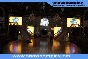 P4 Indoor LED Display Screen Video Wall pictures & photos