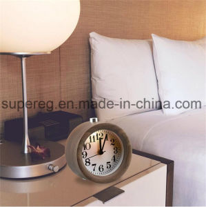 Small Round Silent Table Snooze Beech Wood Alarm Clock with Nightlight pictures & photos