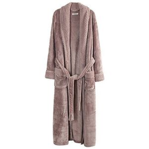 Ladies Embrossed Flannel Bathrobe pictures & photos