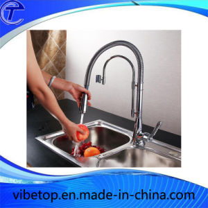 Hot Sale High Quality Metal Kitchen Pull-out Faucets/Tap/Mixer pictures & photos
