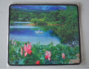 High Quality Rubber Overlocked Mouse Pad pictures & photos