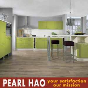 Green Apartment Style Melamine Board Kitchen Cabinet pictures & photos