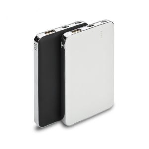 Type-C Quick Charge Li-Polymer Battery Power Bank 8000mAh pictures & photos