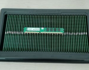 100% Testing and Working Desktop Computer Memory DDR3 pictures & photos