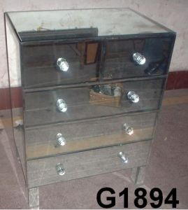 Venetian Mirror Chest (G1894)