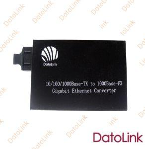 10/100/1000m Fiber Media Converter pictures & photos