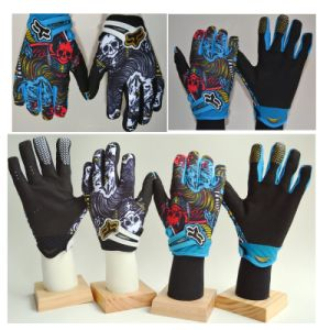 Super Fiber Cycling Glove with Skeleton Pattern / Abrasion Resistance pictures & photos