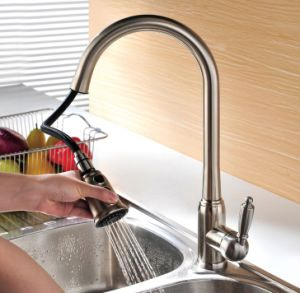 Long Neck Single Lever Pull out Kitchen Faucet pictures & photos