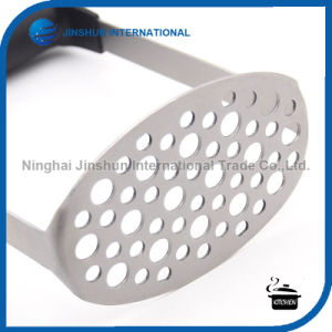 Stainless Steel Potato Masher with Broad and Ergonomic Horizontal Handle pictures & photos