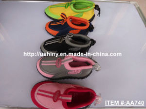 Kids Water Sports Aqua Shoes AA740 pictures & photos